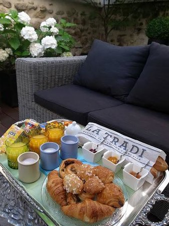 Le61Berthier: July.2013. - Breakfast for 3people