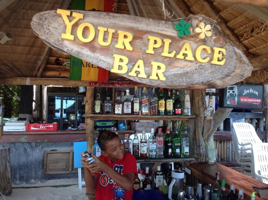 Your Place Bar: Bartender BoBo(he make mojito)