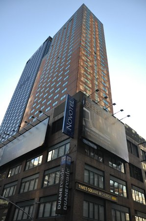 Novotel New York Times Square: Exterior del hotel