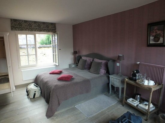 B Guest Bed & Breakfast : Chambre
