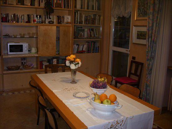 Bergamo Chez Toi B&B: Sala colazioni