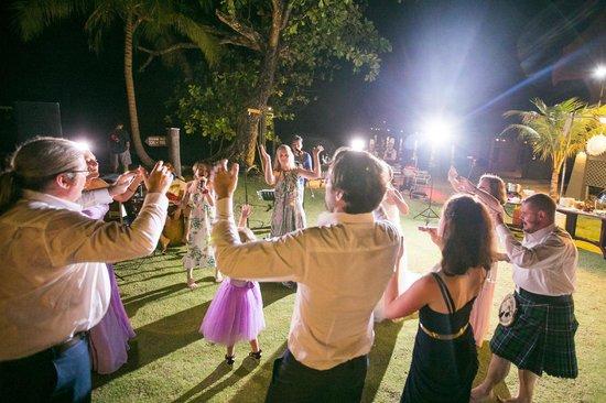 Tunamaya Beach & Spa Resort : Let's Dance~!