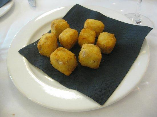 Restaurante Bera Bera - hotel Palacio de Aiete : Croquetas fluidas de jamón ibérico