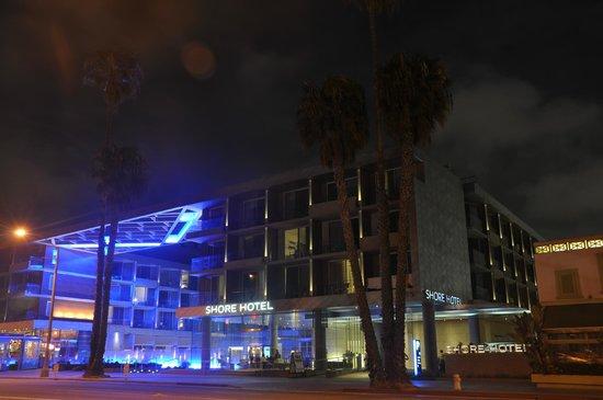 Shore Hotel : Exterior