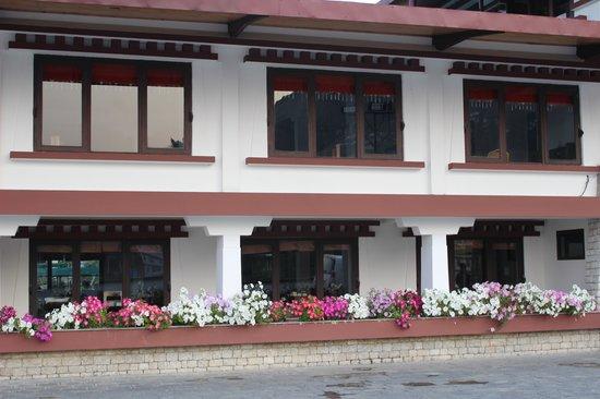 WelcomHeritage Denzong Regency : Room block