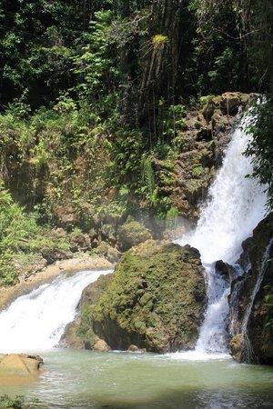 YS Falls: view of upper falls