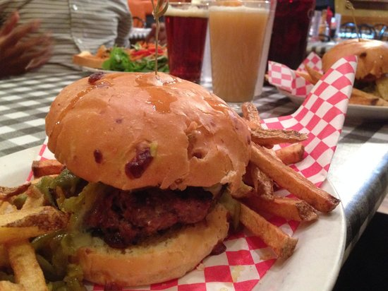Cowgirl BBQ : The Mother of all Green Chile Cheeseburgers