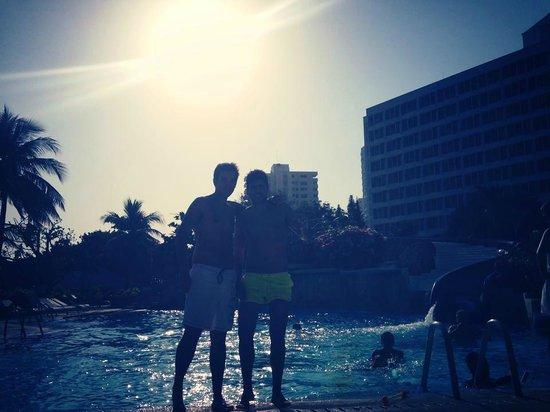 Hilton Cartagena: Piscina
