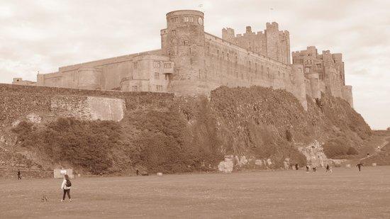 Dunstanburgh Castle Hotel: Bamburgh Castle