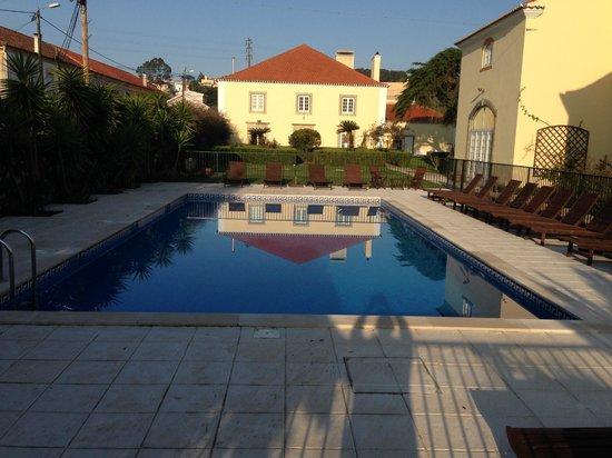 Quinta do Scoto : Der Pool mit Blick auf das Haupthaus