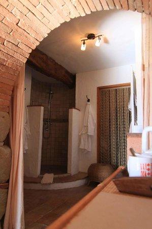 Cuq en Terrasses: Salle de bains La Terrasse