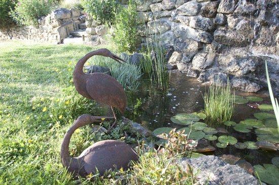 Cuq en Terrasses : La fontaine