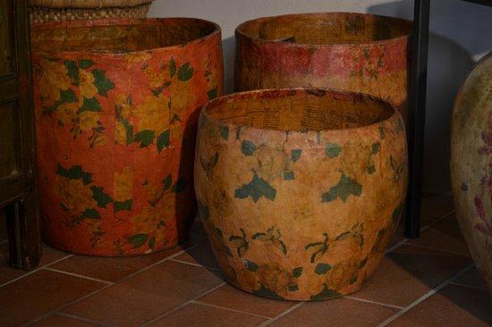 Les Voyageurs: Cachepot in cartapesta