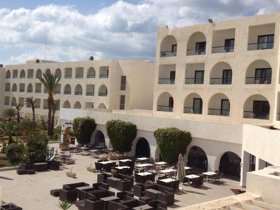 Vincci Nozha Beach Resort: Vue de la chambre plus piscine et mer