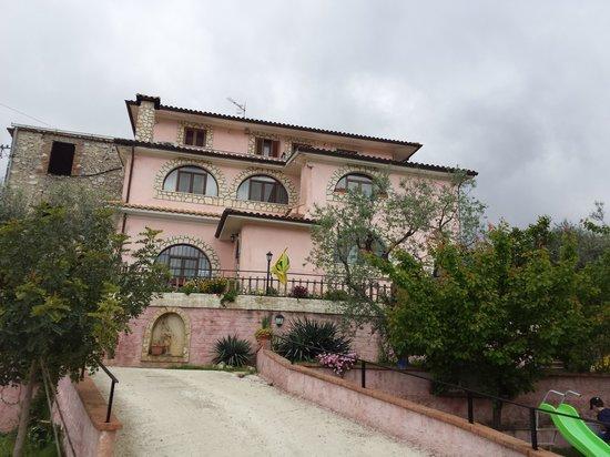 Ausonia, Italië: L'orto tra gli ulivi