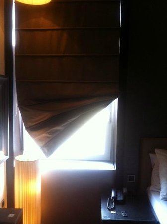 Quentin Design hotel: kaputtes Rollo