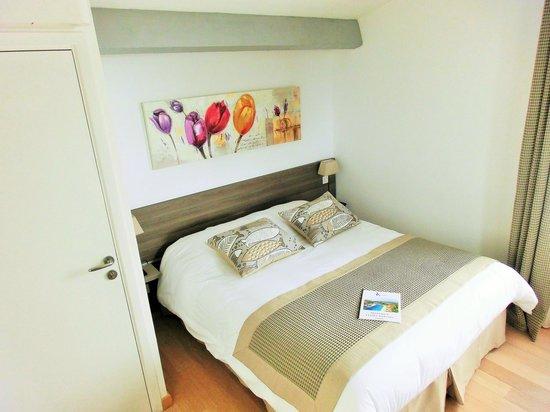 Villa Azur Golf: Chambre Reencros