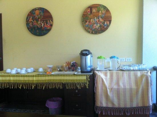 Sakorn Residence & Hotel: Frühstücksbuffet