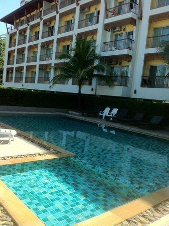 Sakorn Residence & Hotel: Hotel mit Pool