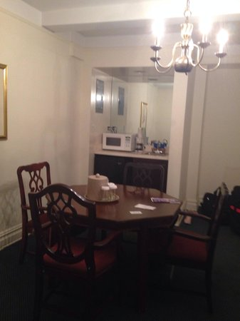 Salisbury Hotel: Kitchen