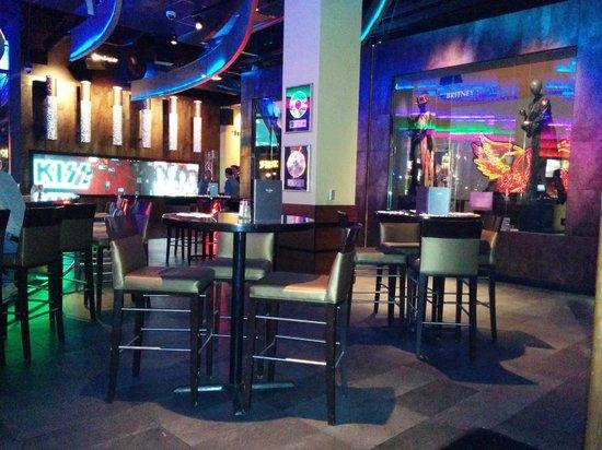 Hard Rock Cafe: The bar