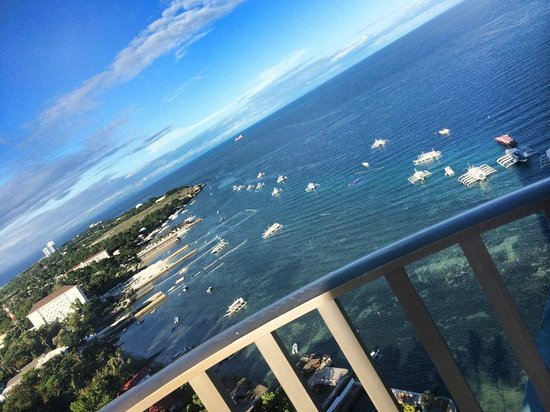 Mövenpick Hotel Mactan Island Cebu : the view