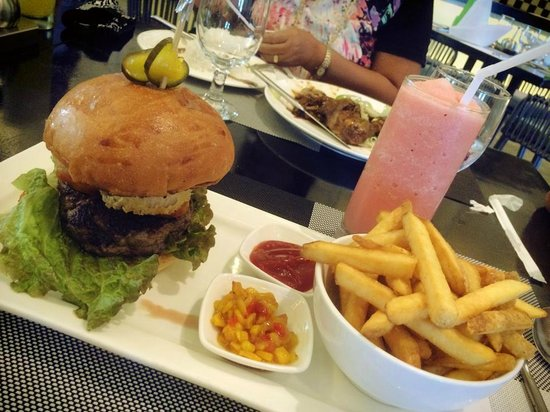 Mövenpick Hotel Mactan Island Cebu : yummy