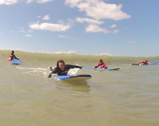 Nick Thorn Surf School: perfect conditions for learning to surf