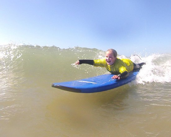 Nick Thorn Surf School: fun for all ages!