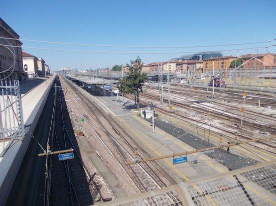 Stazione bologna lapide vittime strage 1 picture of for Bologna hotel stazione centrale