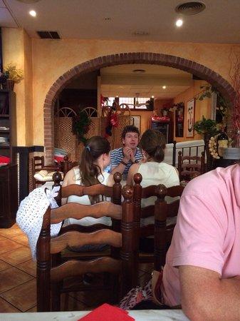 Taberna Tamboril: The restaurant.