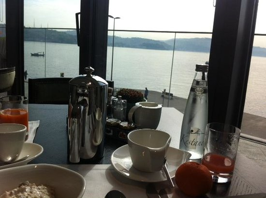The Grand Tarabya: Breakfast by the Bosphorus