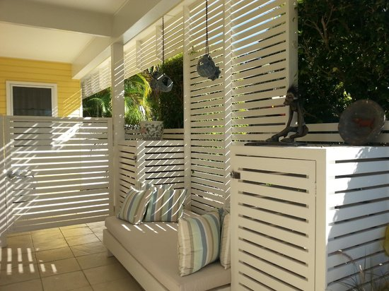Byron Bathers : Outdoor space