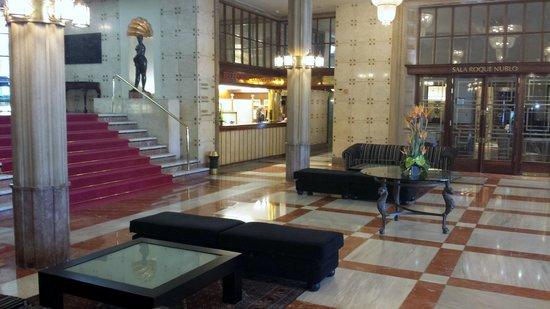 Hotel Santa Catalina: Vestíbulo