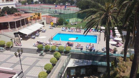 Hotel Santa Catalina: Piscina