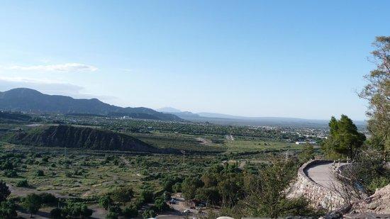 The Hill of Glory (Cerro de la Gloria): Vista lateral