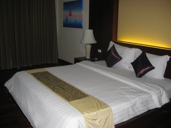 Duangjitt Resort & Spa: Family Duplex Upstairs Bedroom (room 3105)