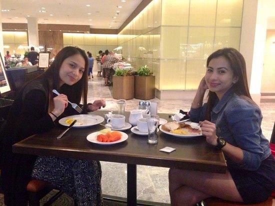 York Hotel: sumptuous breakfast