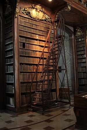 Nationalbibliothek: Luz natural...