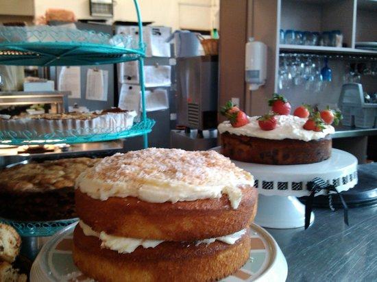 Piecebox: more cakes