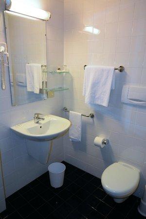 Stadt Hotel Citta: Bad