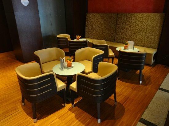 NH Catania Centro: Ground floor 'Liotru' Bar