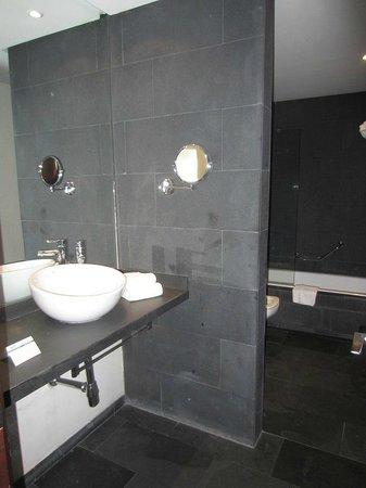 Hotel Fernando III: salle de bains