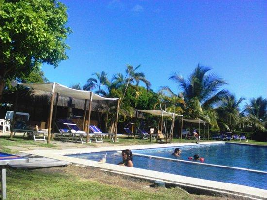 Resort La Torre: O bar em frente a piscina..tudo de bom!