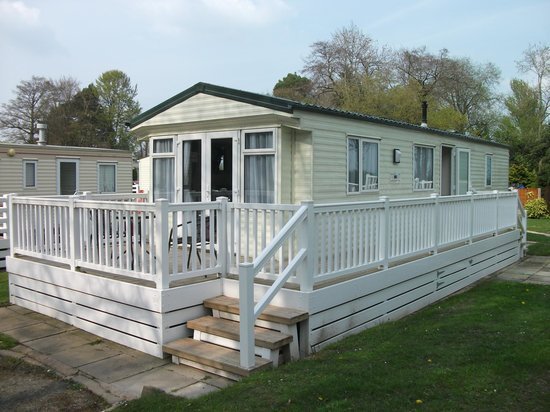 Lyons Woodlands Hall Hotel: Platinum Caravan