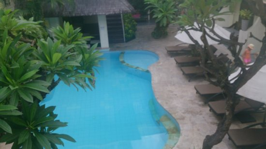 Wida Hotel: Pool view from restaurant