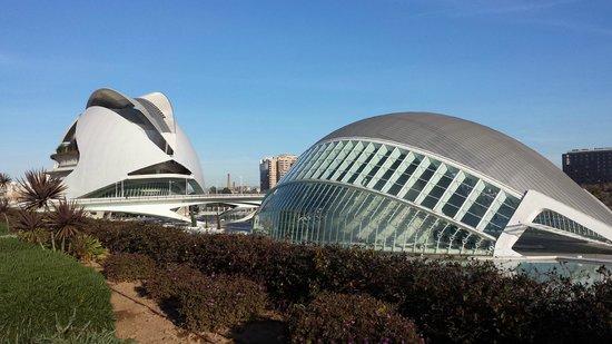 Ciudad de las Artes y las Ciencias: L'emisfero e il Museo delle Scienze