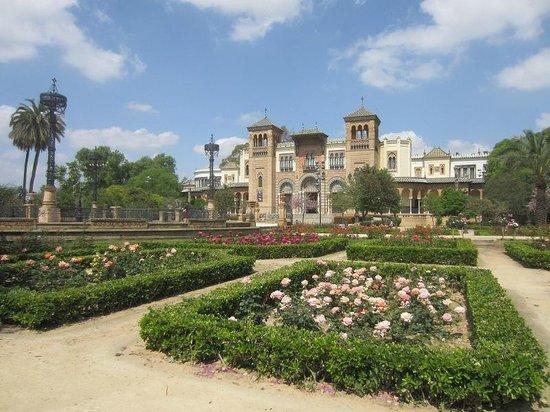 Parc de María Luisa : musée des coutumes
