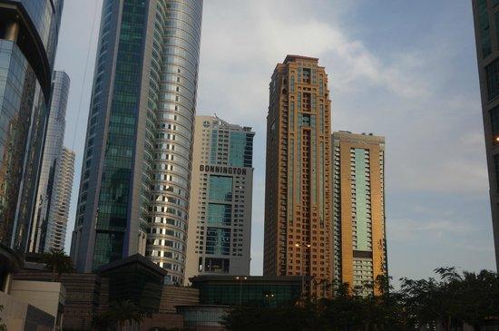Bonnington Jumeirah Lakes Towers: Vue de l'Extérieur