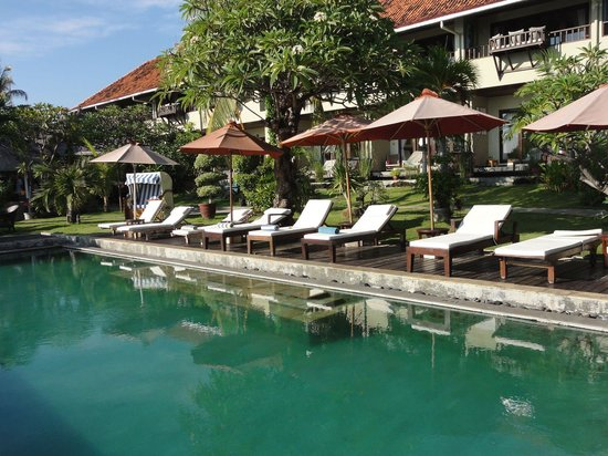 Tauch Terminal Resort Tulamben & Spa: Pool 1 neben der Tauchbasis